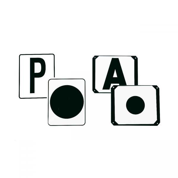 Bahnbuchstaben aus Kunststoff